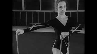 Упражнения со скакалкой(Учебное видео: http://www.youtube.com/user/kinofilmoteka/playlists., 2013-07-26T09:51:11.000Z)