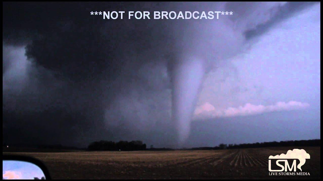 4-9-15 Tornado near Rockford, IL - Belvidere, IL *HD* - YouTube
