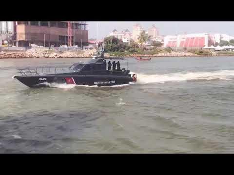 pertunjukkan maritim