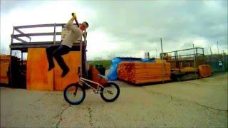 Трюки на велосипеде BMX видео, прыжки, паркур(, 2016-01-06T14:19:40.000Z)