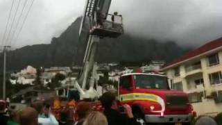 Camps bay apartment fire 2