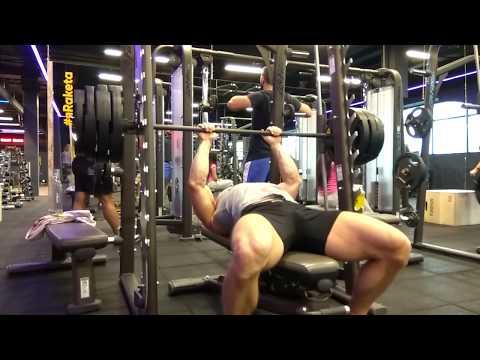 Жим лёжа узким хватом 150 кг (отдых-пауза). Рекордный вес