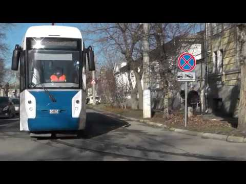 Первый российский трамвай для узкоколейных путей протестировали в Евпатории