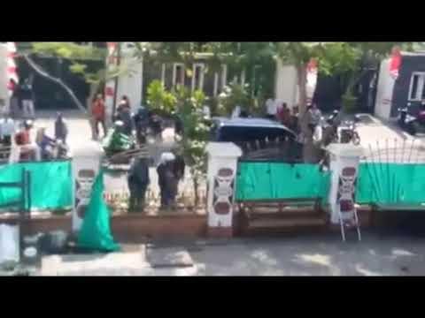 Asrama Papua Surabaya DIRUSAK karena tidak mau Pasang Bendera Mer4h Put1h !!!