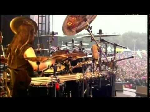 Korn ft. Joey Jordison - Evolution [HQ] (Live at Pinkpop 2007)