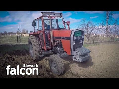 IMT 577 Oranje IMT 757 Ploughing