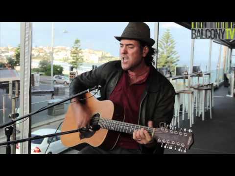 PAUL GREENE - CROSSFIRE (BalconyTV)