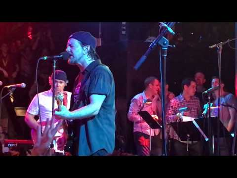 Eddie Vedder - Wishlist with Peter Gammons - Hot Stove Cool Music, Boston (April 29, 2017)
