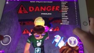 Sophian nguyen playing roblox/game call flood escape😀😍😊🙋