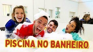 FIZEMOS UMA SUPER PISCINA DE ESPUMA NO BANHEIRO!! #MansãoDosFlops