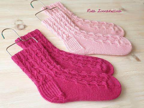 Красивые носки спицами для девочки