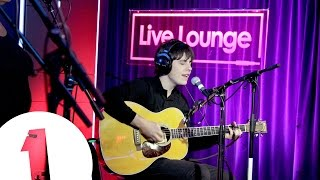 Jake Bugg covers Imagine Dragons' Radioactive (Live Lounge)