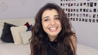 Repeat youtube video Rebecca Black Reacts to Hate Comments