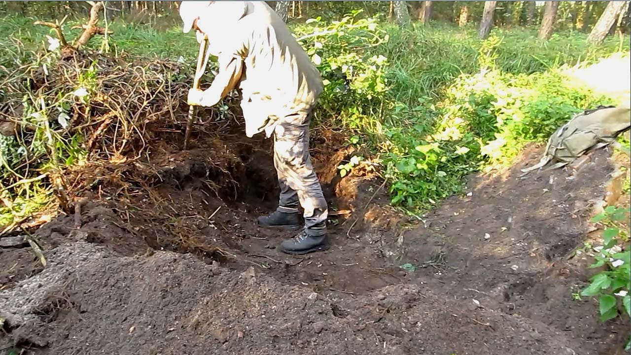 Luftwaffe Relic Hunting - Dug up on WWII Airfields - YouTube
