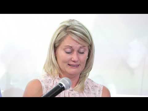 Schweizer-Reneke-onderwyseres stort hart uit oor skorsing