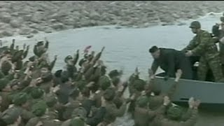Kim Jong Un chased by his military fans - no comment
