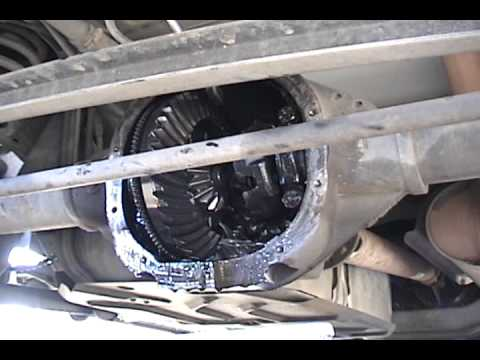 '99 Expedition Rear Diff 2010 12 13 13 37 33 - YouTube
