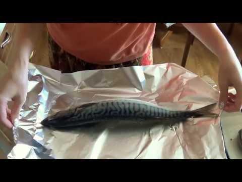 Рыба в мультиварке редмонд запеченная