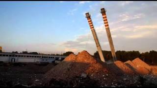 Wyburzenie kominów w Trzebini - Cama