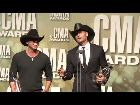 Tim McGraw & Kenny Chesney - 2012 CMA Awards - Interview