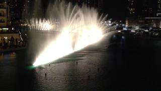 Танцующие фонтаны в Дубае под песню Lionel Richie - All night Long(Фонтан Дубай — музыкальный фонтан, расположенный в искусственном озере площадью свыше 12 га рядом с небоскр..., 2013-04-21T11:47:37.000Z)