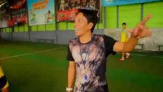 Akurasi Tendangan Pak Takim Permalukan Pemain & Pelatih Arema