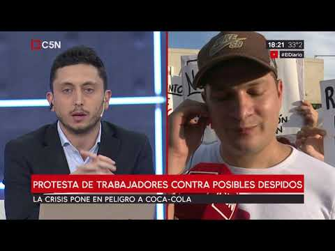 Protesta de trabajadores contra posibles despidos en FEMSA Coca-Cola Argentina