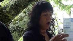 de passage à Massat ( Ariège ), Carla Bruni ...