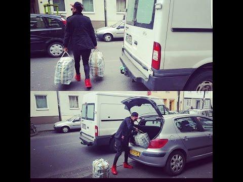 VLOG (65) انظر كيف بعث بلال الشاب طنجاوي أغراض الى أهله من المانيا الى المغرب