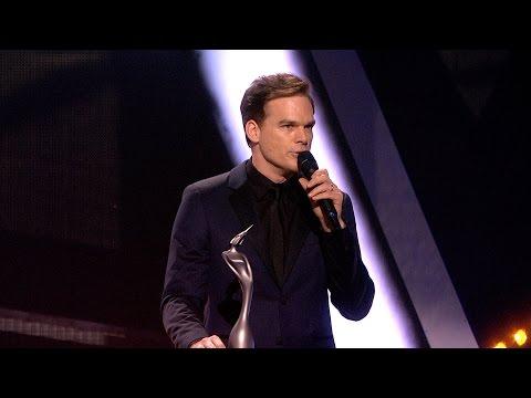 David Bowie wins British Male Solo Artist | The BRITs 2017