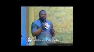 pasteur moise mbiye dans les chants d adoration dans la prsence de dieu