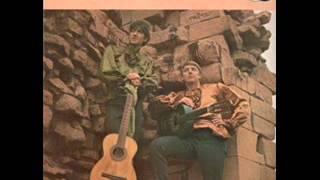 Watch Pete Seeger The Foggy Dew video