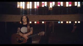 Ashley McBryde - Amazing Grace (At The Ryman)
