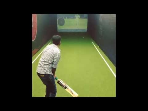 Smaaash Mumbai | Deadly Yorkers at Indoor Cricket Simulator