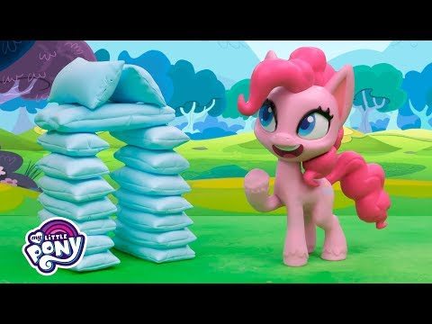 'Pillow Fight' Stop Motion Short Ep. 5 💖 My Little Pony