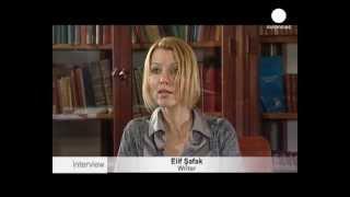 Elif Şafak'la çok özel röportaj