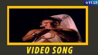 Innenikku Pottukuthaan Malayalam Song ||  Guruvayur Kesavan