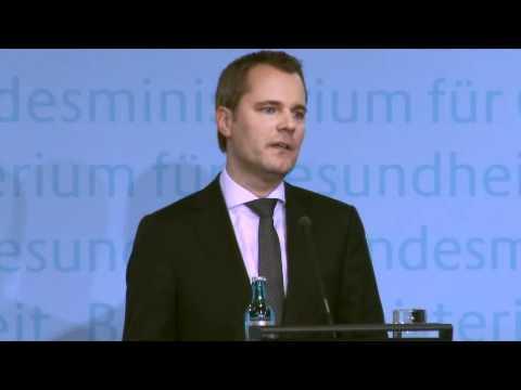 Pressekonferenz zum Thema Pflege von Bundesgesundheitsminister Daniel Bahr