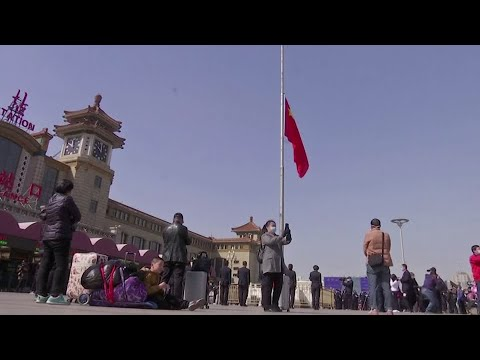 China mourns victims of virus