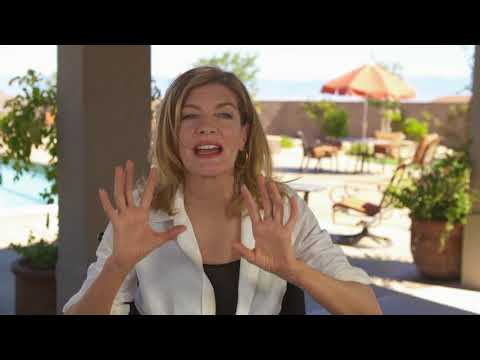 """Just Getting Started: Rene Russo """"Suzie"""" Behind the Scene Movie Interview"""