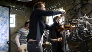 Watch Jovanotti Sulla Frontiera Remix video