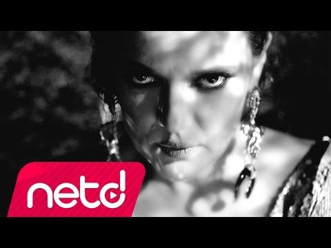 Demet Akalın - Nazar