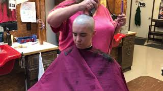 TA77.net YT Original - Clarissa LV: She shaves her head bald