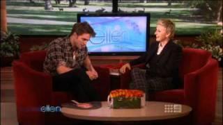 Robert Pattinson (Ellen)