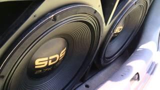 Eros SDS 2.7 K + SD 8000 batendo forte