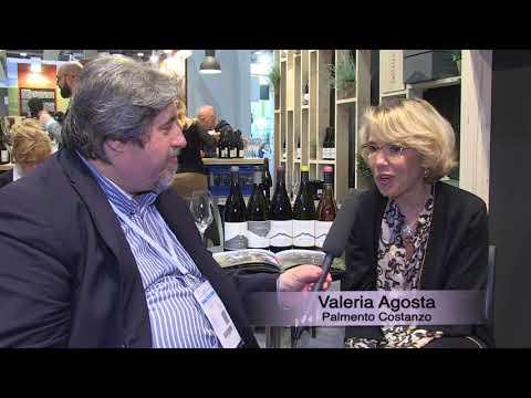 Valeria Agosta al Vinitaly 2018 presenta la sua azienda vitivinicola sull'Etna Palmento Costanzo.
