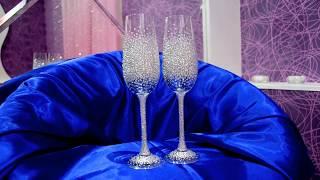 Свадебные бокалы усыпанные стразами https://strazdekor.com.ua/g22668978-svadebnye-bokaly-rossypyu