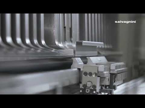 Salvagnini panel bending: P2lean bends an electrical box