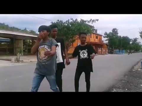Video Lucu Anak Kolaka - Antar Ka Dulu Pulang (Dermaga Present)