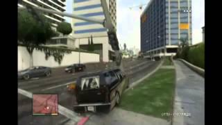 この動画には車の荒い運転・歩行者の轢き殺しなどが含まれています。御...